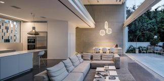 Tel Aviv Contemporary Home with an awesome open space living room by Pitsou Kedem Architects