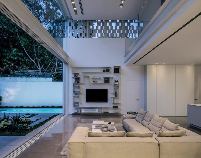 tel-aviv-contemporary-home-awesome-open-space-living-room-pitsou-kedem-architects-24