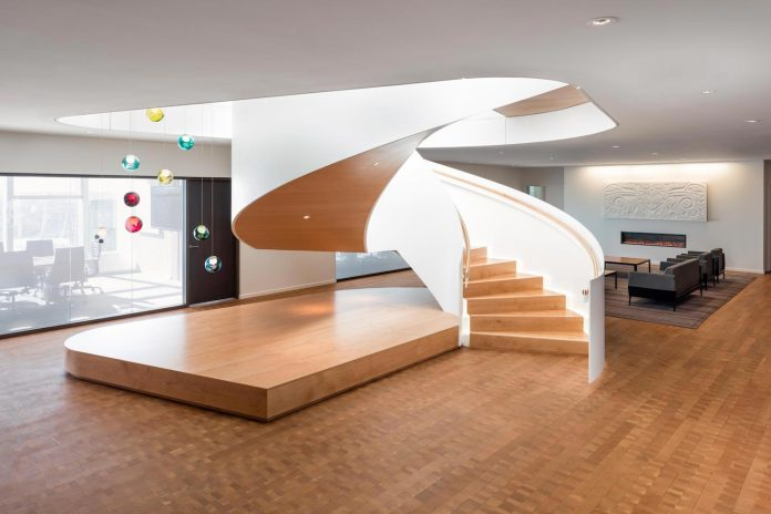 telus-garden-offices-vancouver-state-art-workplace-technologies-designed-office-mcfarlane-biggar-architects-designers-inc-13