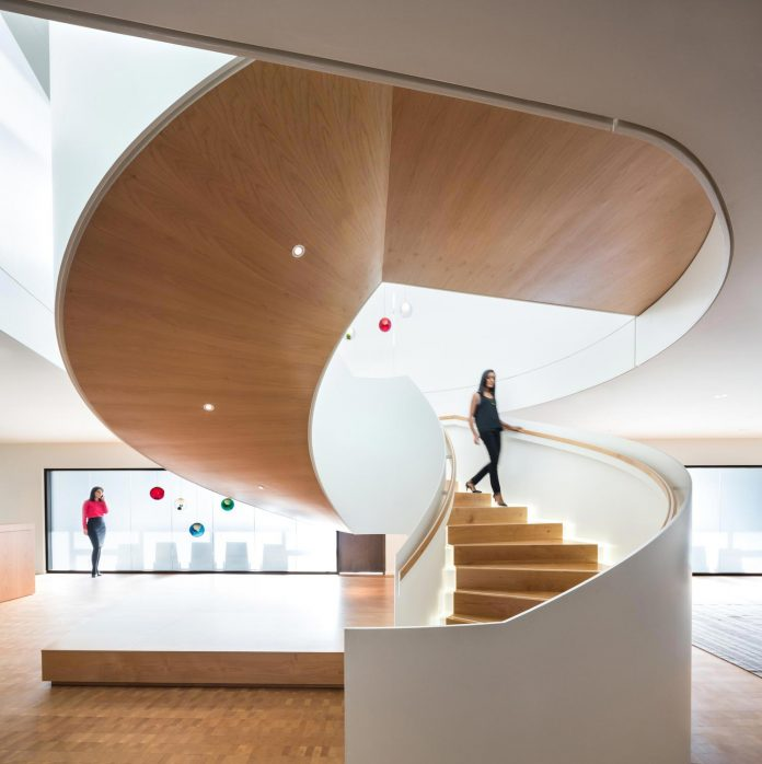 telus-garden-offices-vancouver-state-art-workplace-technologies-designed-office-mcfarlane-biggar-architects-designers-inc-14