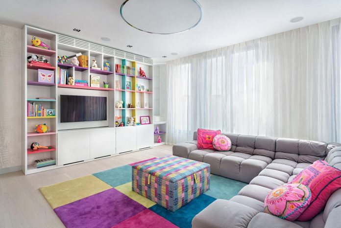 two-apartments-converted-360-penthouse-park-sofia-bulgaria-knof-design-04