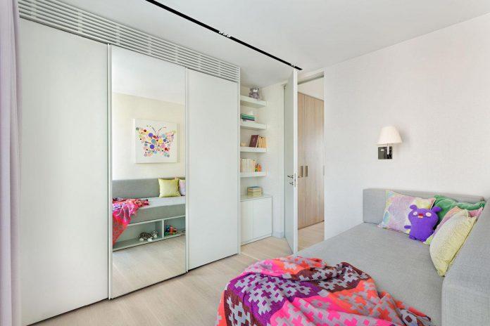 two-apartments-converted-360-penthouse-park-sofia-bulgaria-knof-design-10