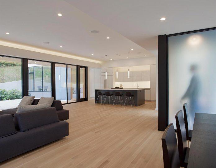 two-story-l-shaped-medlin-residence-situ-studio-04