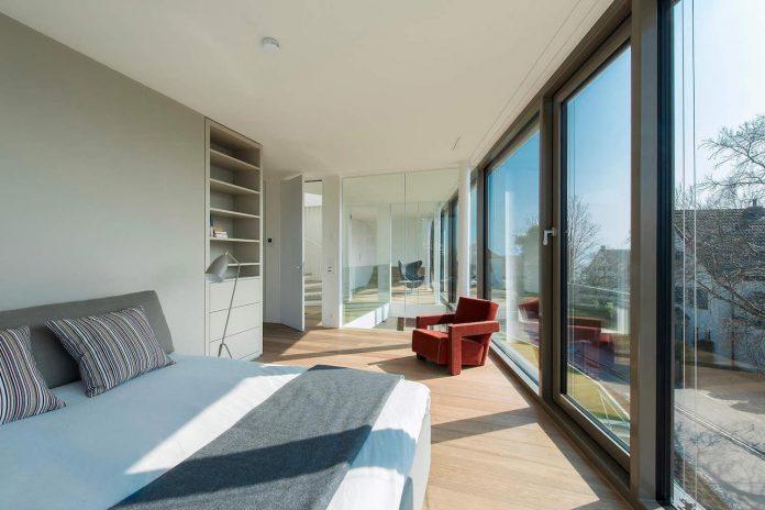 ultramodern-ribbon-winds-flexhouse-zurich-designed-evolution-design-15