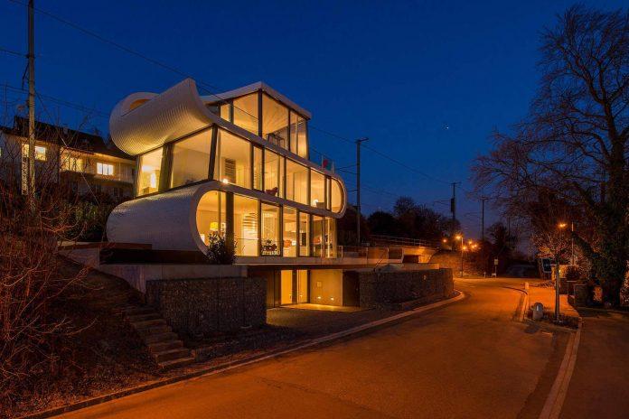 ultramodern-ribbon-winds-flexhouse-zurich-designed-evolution-design-25