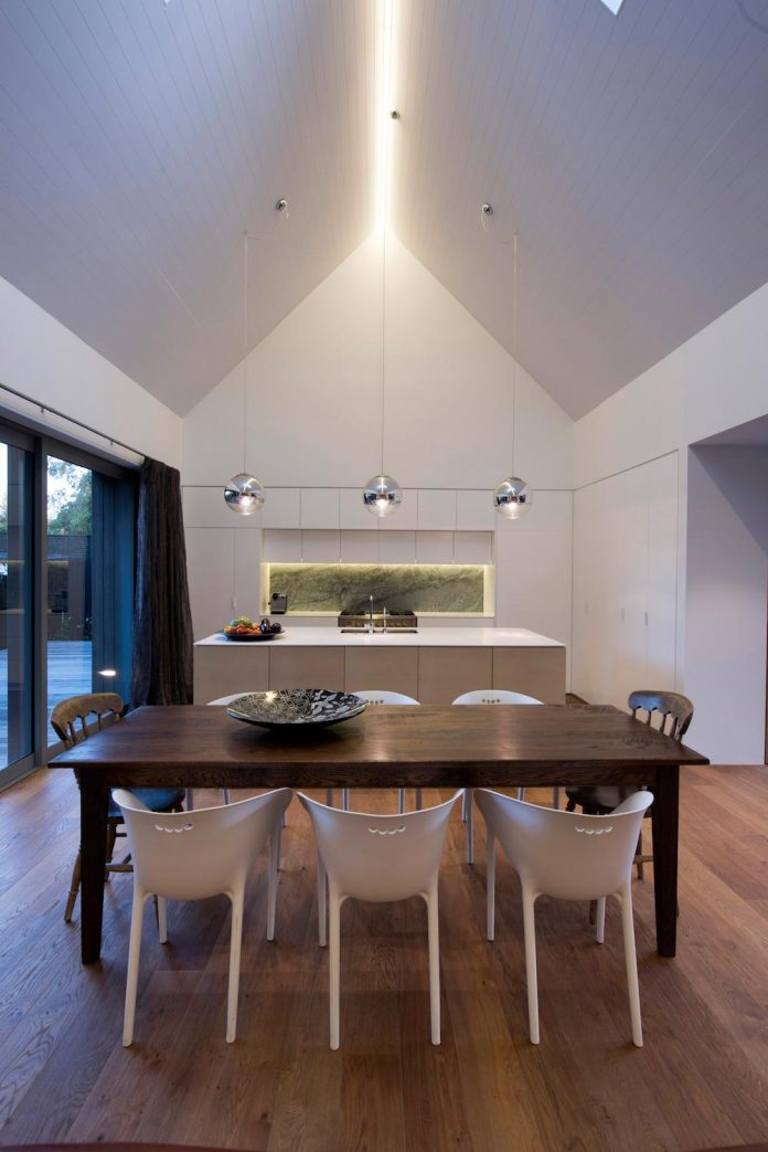 urban-take-typical-english-pitched-roof-christchurch-farmhouse-case-ornsby-design-pty-ltd-08