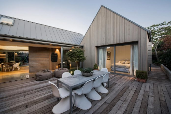 urban-take-typical-english-pitched-roof-christchurch-farmhouse-case-ornsby-design-pty-ltd-19