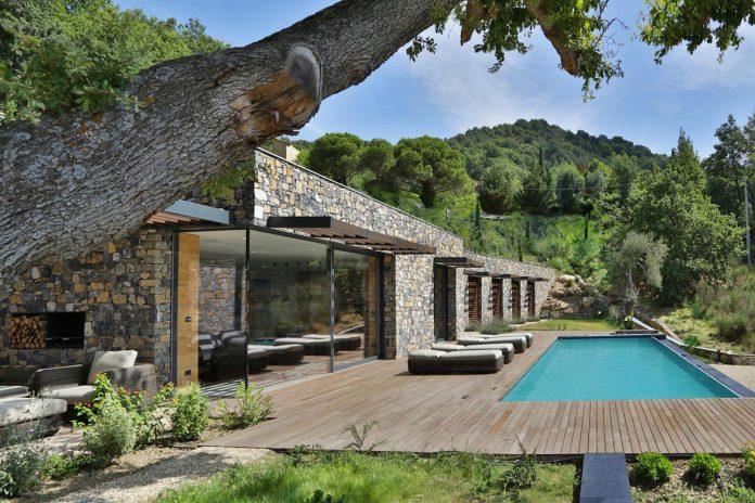 villa-n-natural-stone-facades-giordano-hadamik-architects-06