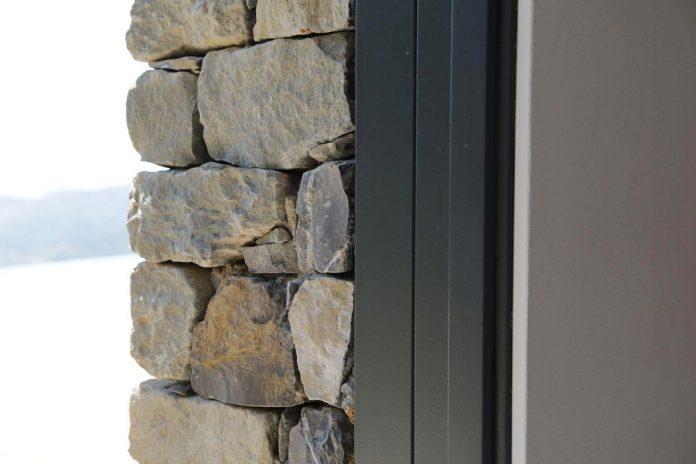 villa-n-natural-stone-facades-giordano-hadamik-architects-16