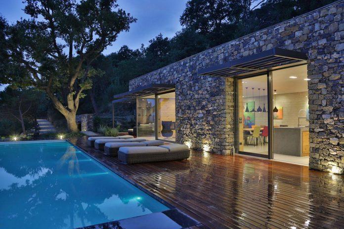 villa-n-natural-stone-facades-giordano-hadamik-architects-24