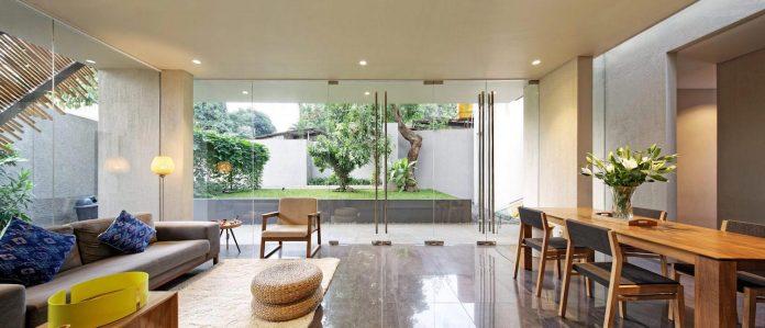 wahana-architects-redesigned-deeroemah-renovation-two-storey-busy-midtown-jakarta-04
