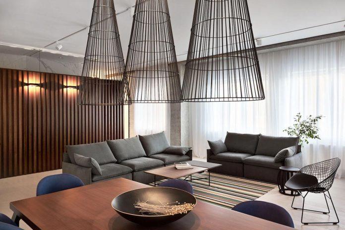 wood-marble-elegant-laconic-minimalist-style-apartment-nottdesign-10