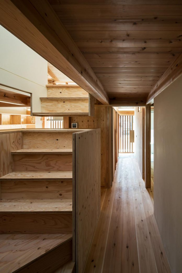 wooden-fence-house-four-mini-development-site-hitotomoritomoko-13