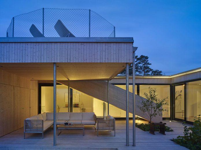 wooden-villa-kristina-gothenburg-sweden-designed-wingardhs-12