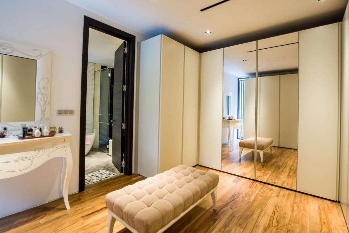 2-storey-home-singapore-designed-overall-directive-modern-take-classics-home-philosophy-04