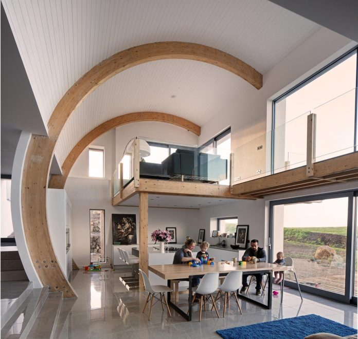 2020-architects-redesigned-old-blacksmiths-cottage-contemporary-ballymagarry-road-house-09