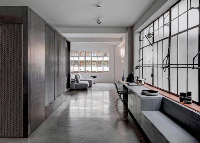 apa-transformed-london-warehouse-space-apartment-two-theatre-film-directors-01