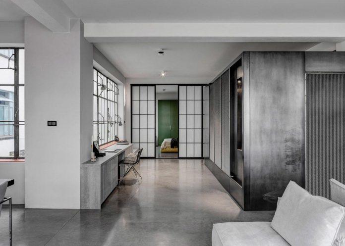 apa-transformed-london-warehouse-space-apartment-two-theatre-film-directors-03