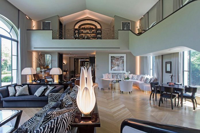 art-deco-style-addition-private-residence-choice-materials-colours-textures-aims-give-sense-luxury-05