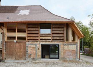 Barn Conversion by Freiluft Architektur in Rüegsauschachen, Switzerland