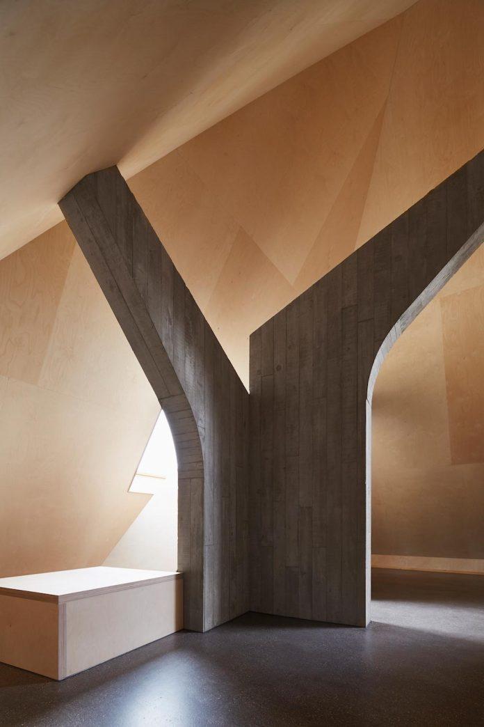 barn-conversion-freiluft-architektur-ruegsauschachen-switzerland-11