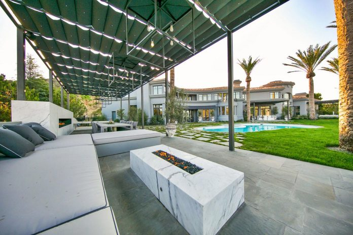 belgian-interior-designer-maxime-jacquet-designed-interiors-10000-square-foot-french-contemporary-property-beverly-hills-05