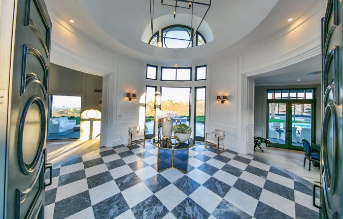 belgian-interior-designer-maxime-jacquet-designed-interiors-10000-square-foot-french-contemporary-property-beverly-hills-06