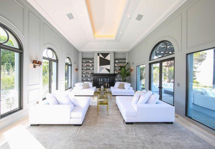 Belgian Interior Designer Maxime Jacquet Designed The Interiors Of A 10 000 Square Foot French