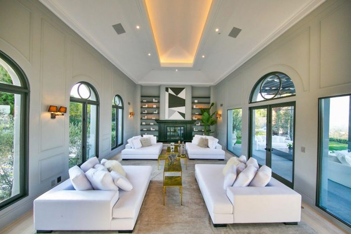 belgian-interior-designer-maxime-jacquet-designed-interiors-10000-square-foot-french-contemporary-property-beverly-hills-12