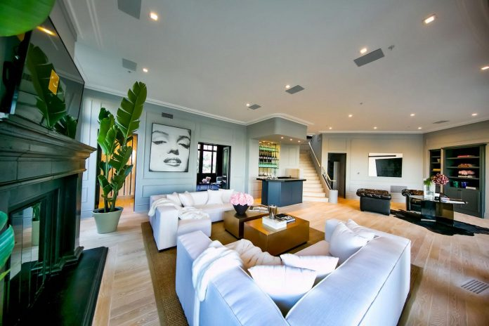 belgian-interior-designer-maxime-jacquet-designed-interiors-10000-square-foot-french-contemporary-property-beverly-hills-15