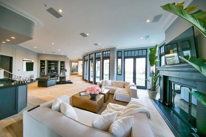 belgian-interior-designer-maxime-jacquet-designed-interiors-10000-square-foot-french-contemporary-property-beverly-hills-16