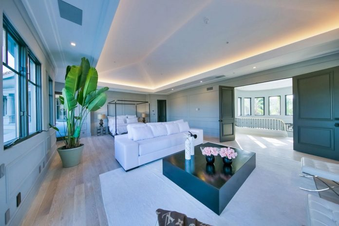 belgian-interior-designer-maxime-jacquet-designed-interiors-10000-square-foot-french-contemporary-property-beverly-hills-31