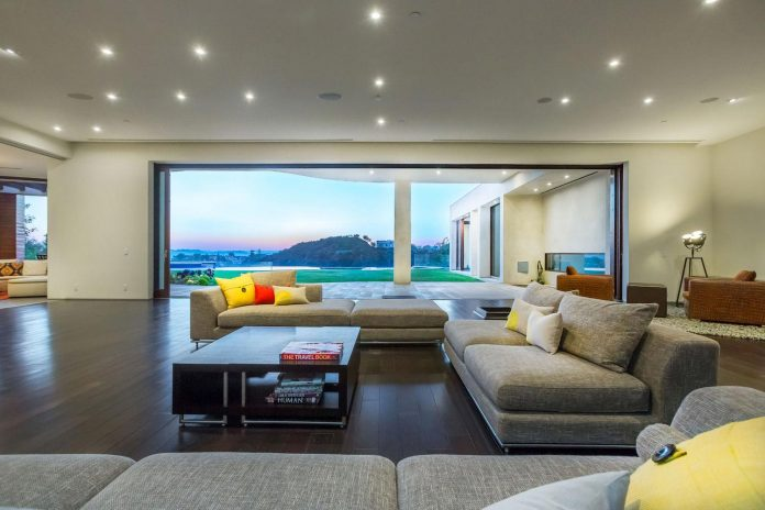 beverly-hills-contemporary-house-magnificent-270-degrees-green-view-sunset-breathtaking-08