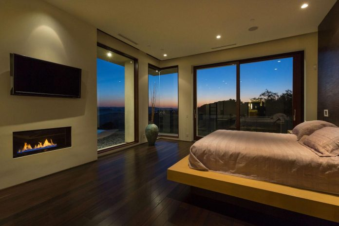 beverly-hills-contemporary-house-magnificent-270-degrees-green-view-sunset-breathtaking-35