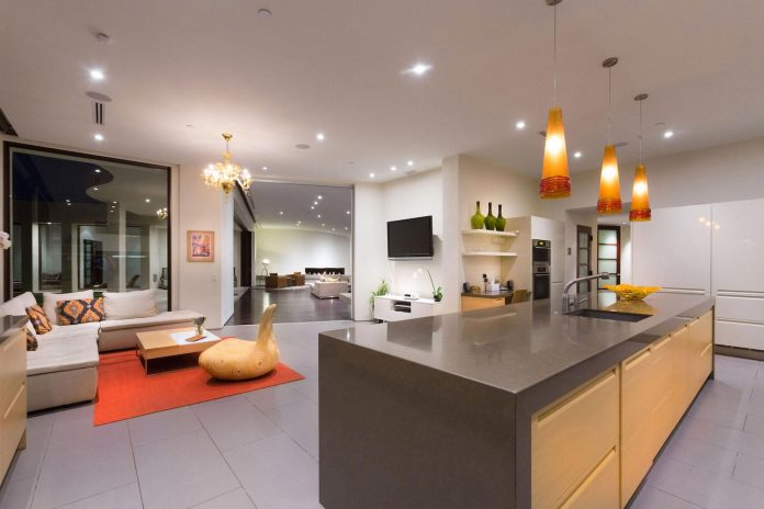 beverly-hills-contemporary-house-magnificent-270-degrees-green-view-sunset-breathtaking-38
