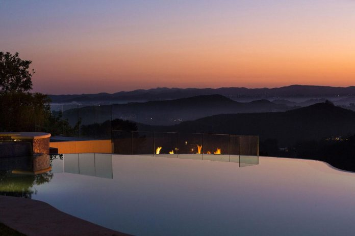 beverly-hills-contemporary-house-magnificent-270-degrees-green-view-sunset-breathtaking-43