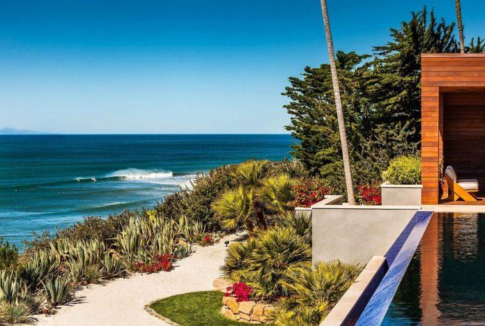 burdge-associates-design-stunning-contemporary-beach-home-malibu-awesome-sea-views-03