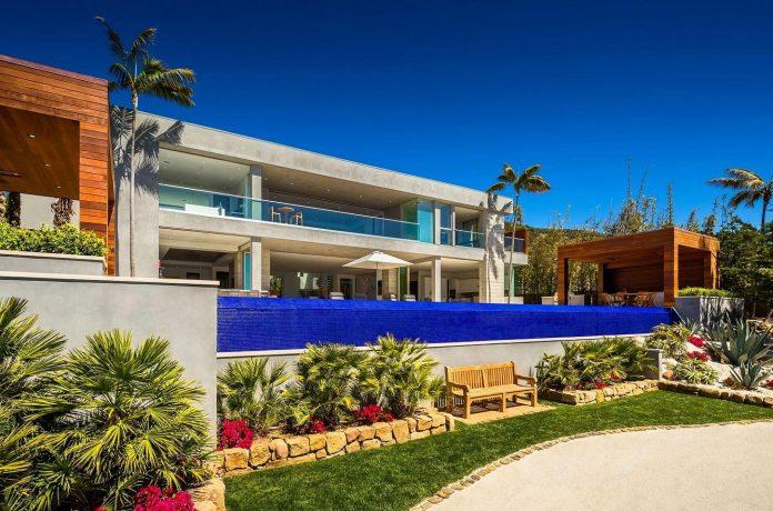 burdge-associates-design-stunning-contemporary-beach-home-malibu-awesome-sea-views-04
