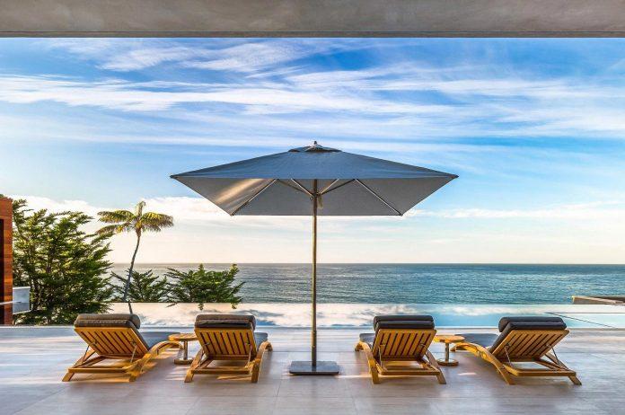 burdge-associates-design-stunning-contemporary-beach-home-malibu-awesome-sea-views-06
