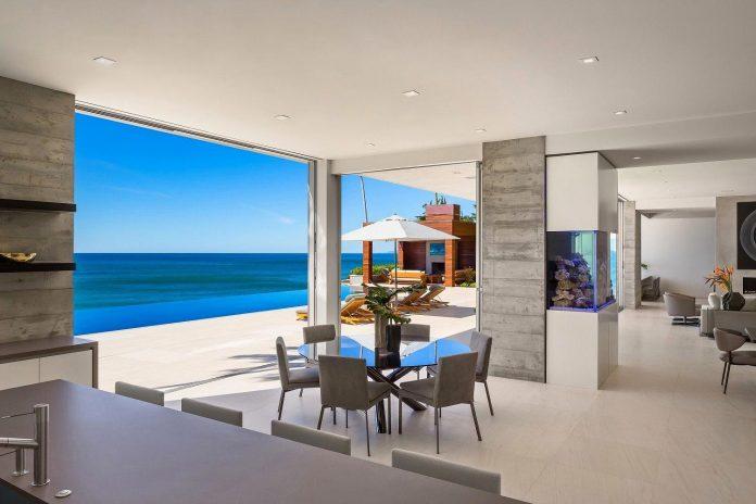 burdge-associates-design-stunning-contemporary-beach-home-malibu-awesome-sea-views-15
