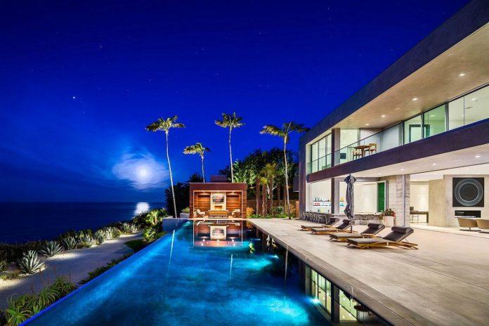 burdge-associates-design-stunning-contemporary-beach-home-malibu-awesome-sea-views-26