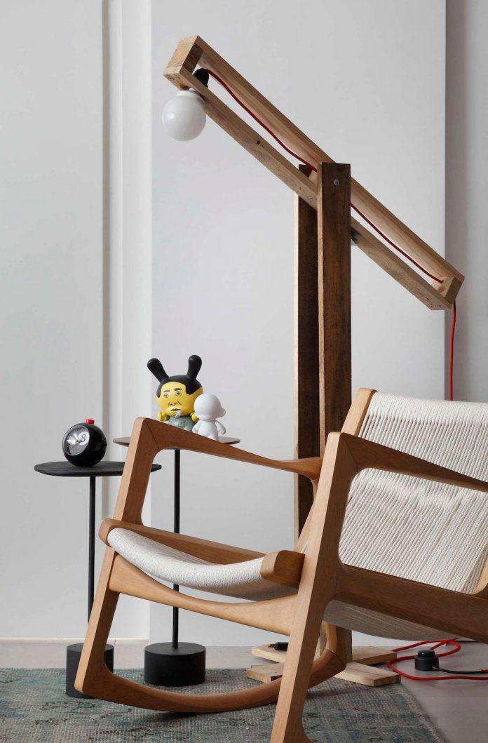 colourful-chic-apartment-designed-30s-single-man-rio-de-janeiro-studio-roca-05