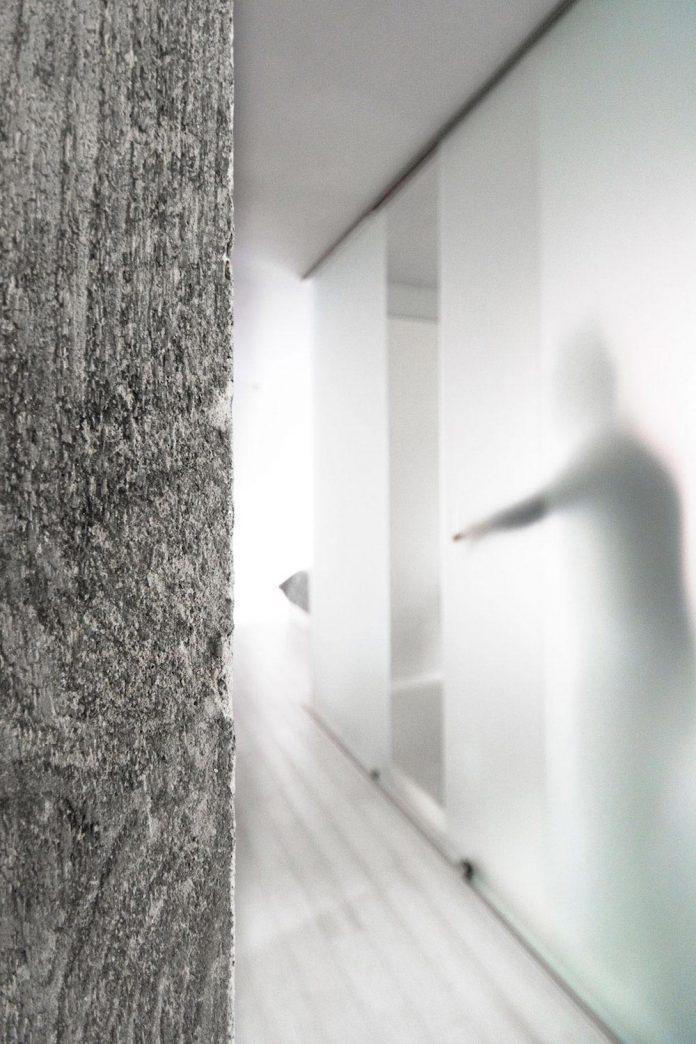 complete-white-casa-esse-designed-lda-imda-associated-architects-san-miniato-italy-07