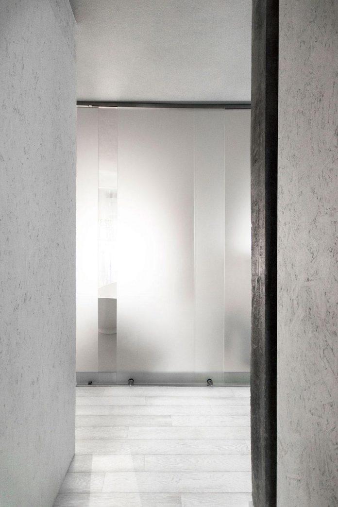 complete-white-casa-esse-designed-lda-imda-associated-architects-san-miniato-italy-11