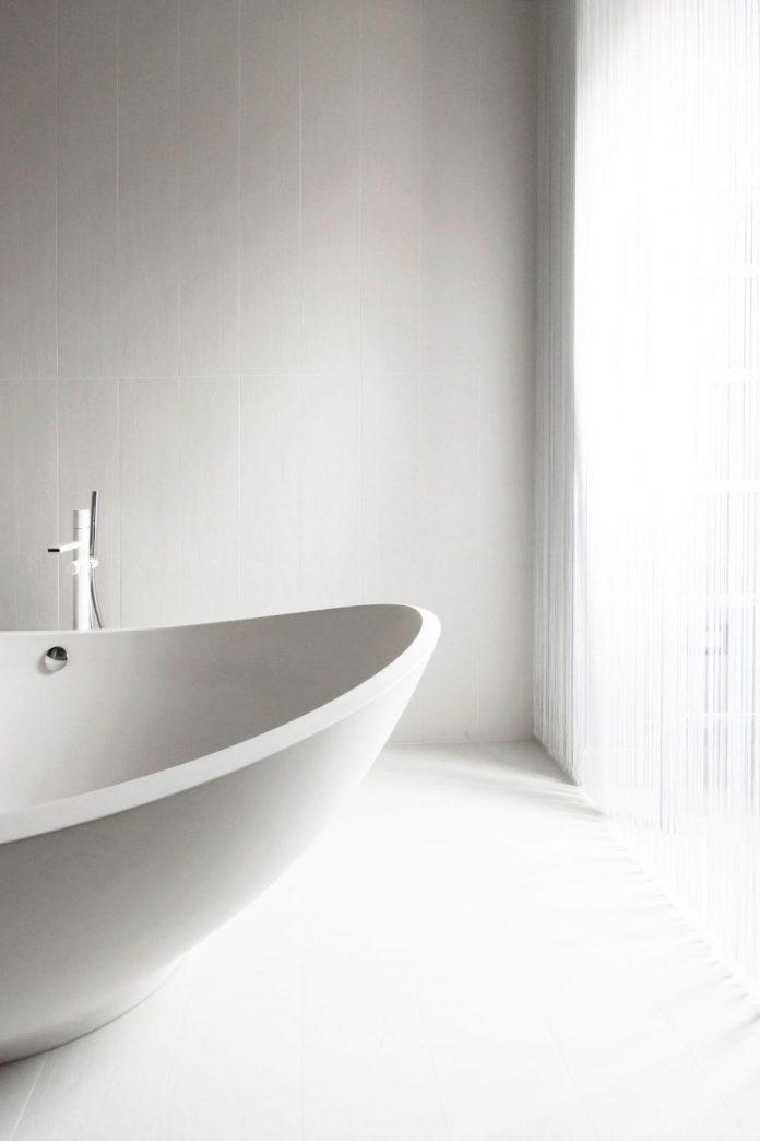 complete-white-casa-esse-designed-lda-imda-associated-architects-san-miniato-italy-16