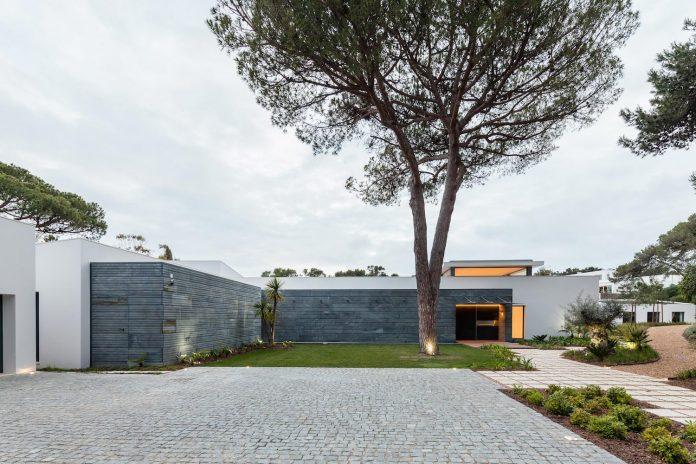 contemporary-cascais-p272-residence-designed-fragmentos-de-arquitectura-01