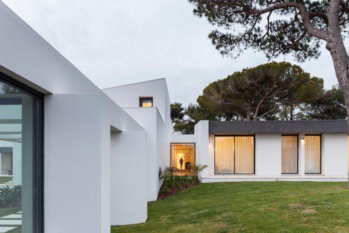 contemporary-cascais-p272-residence-designed-fragmentos-de-arquitectura-03