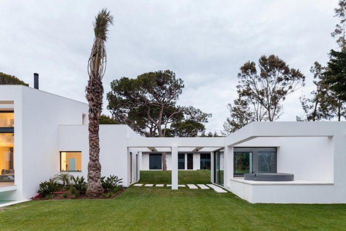 contemporary-cascais-p272-residence-designed-fragmentos-de-arquitectura-04