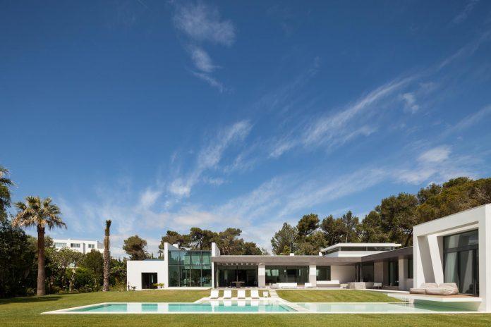 contemporary-cascais-p272-residence-designed-fragmentos-de-arquitectura-07