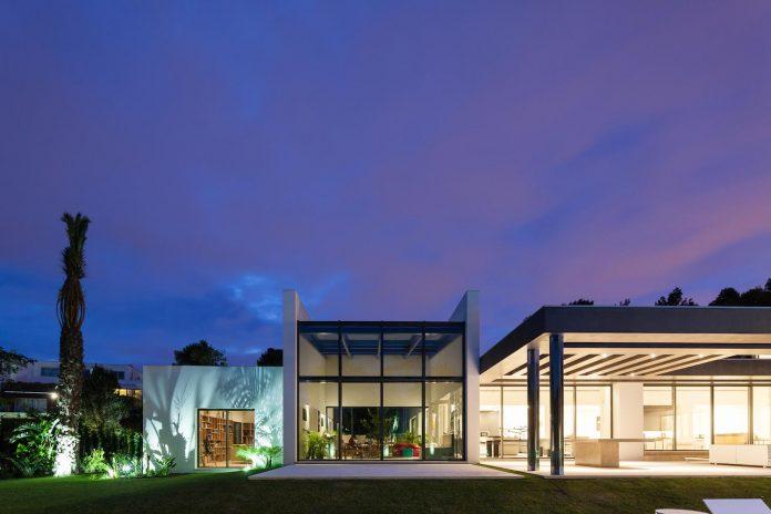 contemporary-cascais-p272-residence-designed-fragmentos-de-arquitectura-10